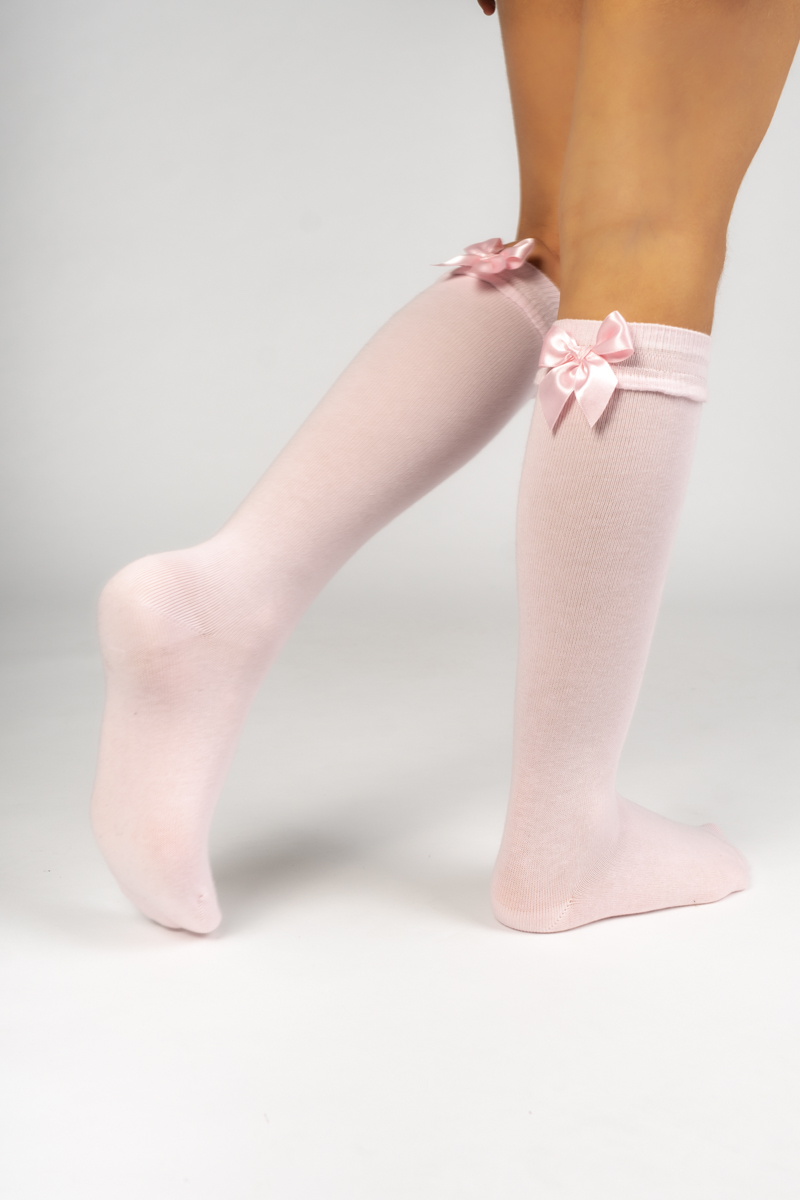 Meia pelo joelho com detalhe no punho