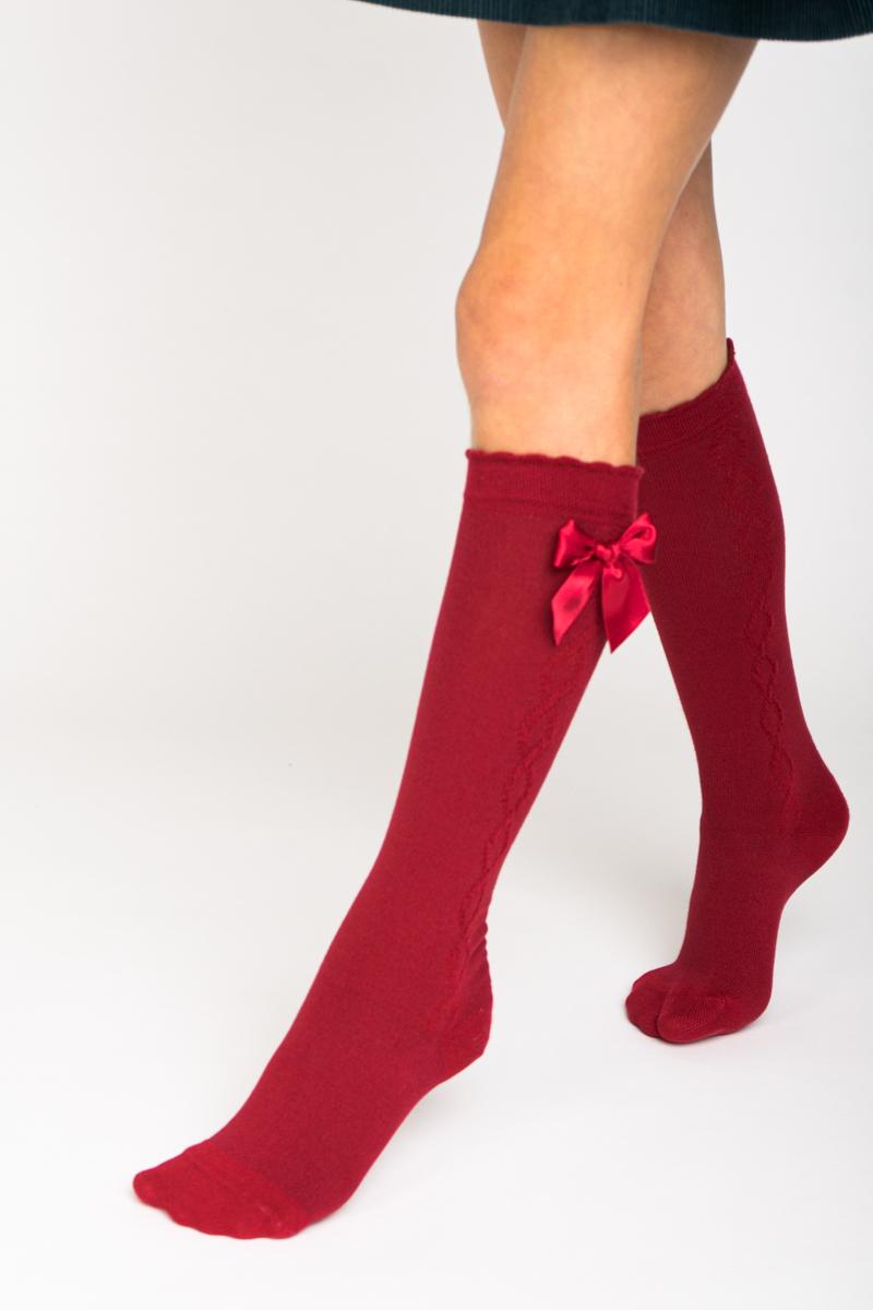 Meia pelo joelho com laço de cetim